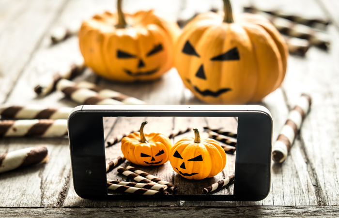 How Social Media Can Help Your Restaurant This Halloween