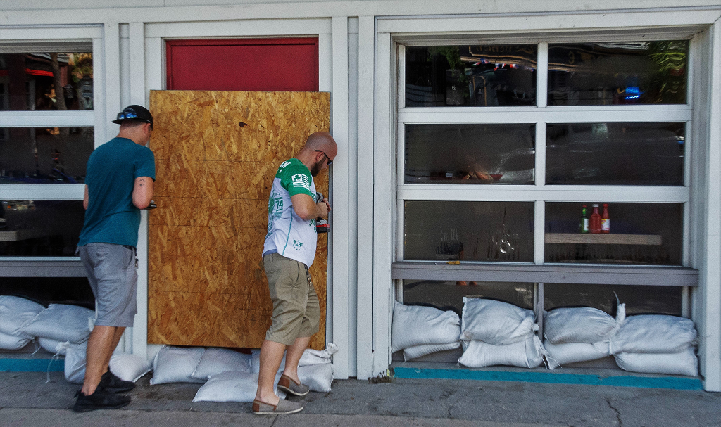 How to Prepare Your Restaurant for Hurricane Season
