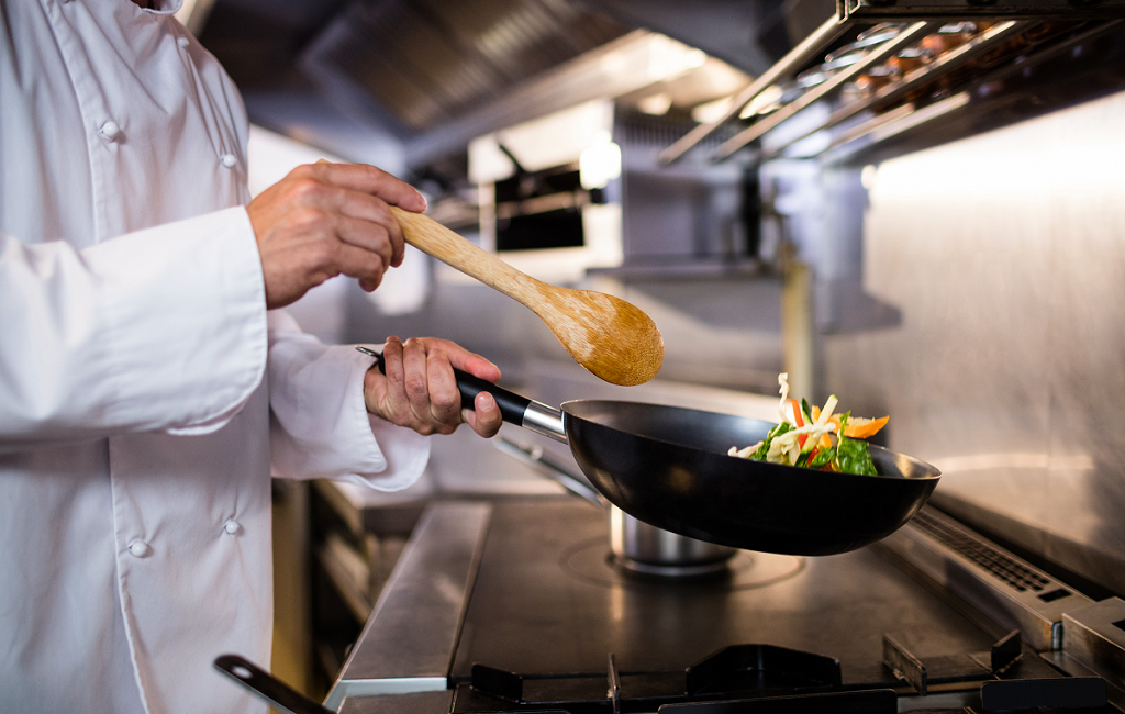 Ways Restaurants Can Reduce Maintenance Cost