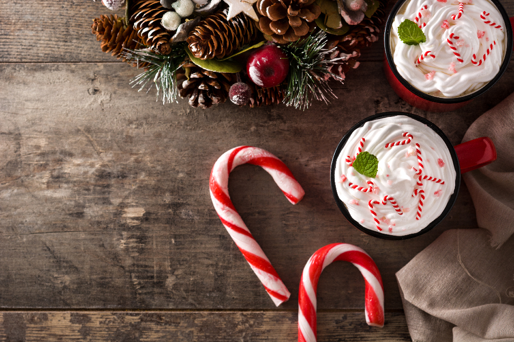 Holiday Drink with Candy Canes-5 Holiday Flavors to Use This Season in Your Restaurant