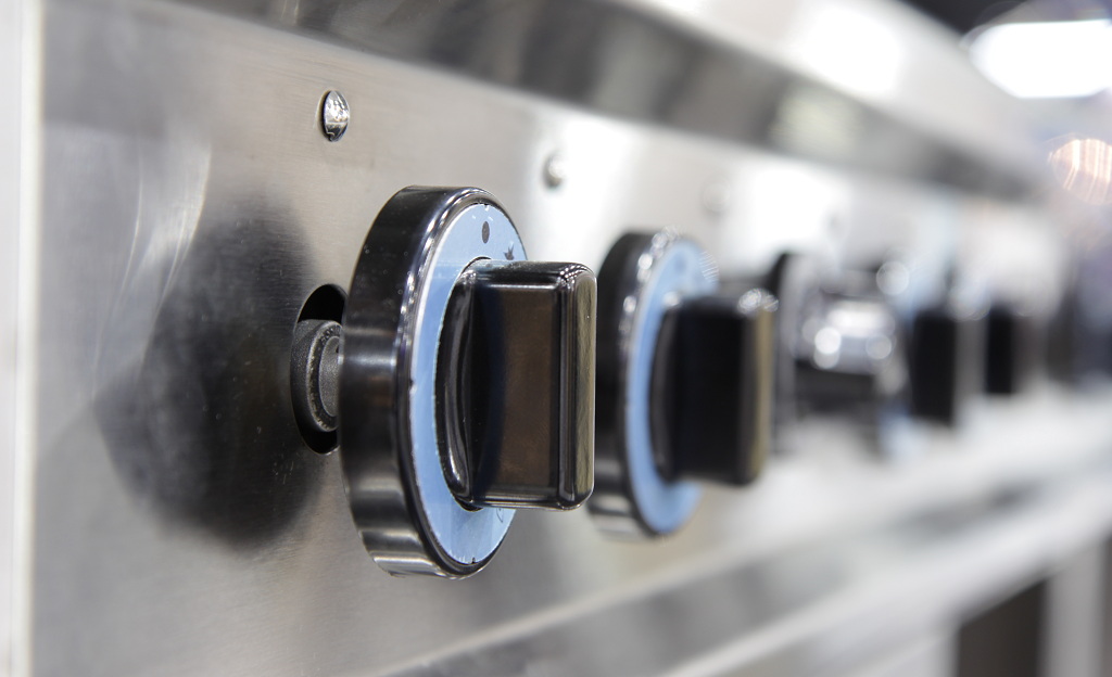 How to Shut Down Commercial Kitchen Equipment Properly