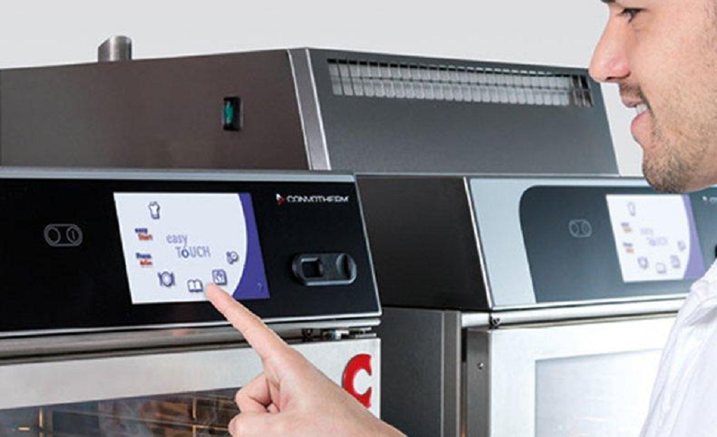 How to Lower Foodservice Labor Costs with Smart Equipment