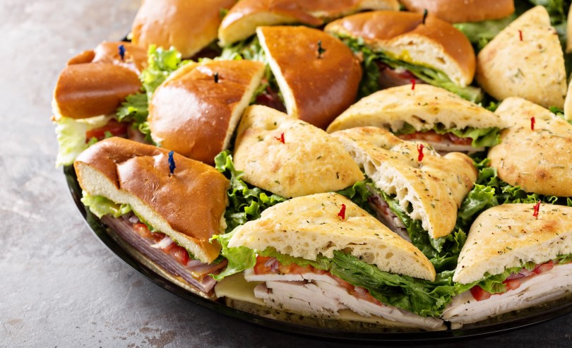 How to Make a Catering Menu That Grows Business